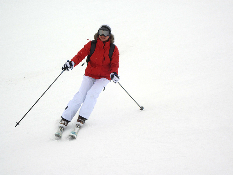 SKI IN SIERRA NEVADA