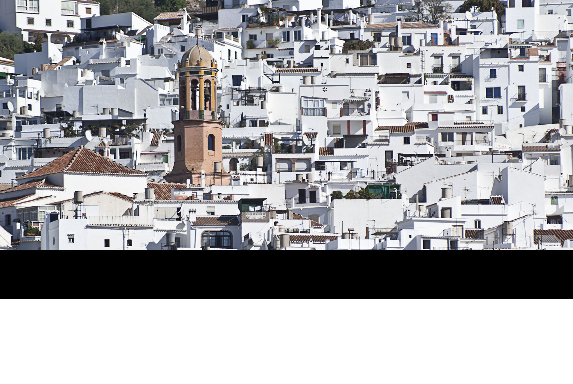 MIJAS: TRADITION AND WINE PAIRING IN A WHITE-WASHED VILLAGE